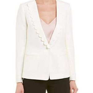 Tahari White Scalloped Blazer nwot